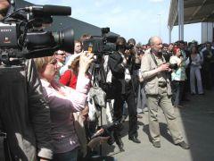 Море репортеров