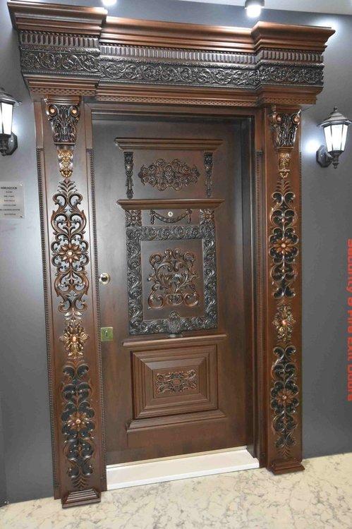 Взломостойкая дверь работает с пульта.jpg