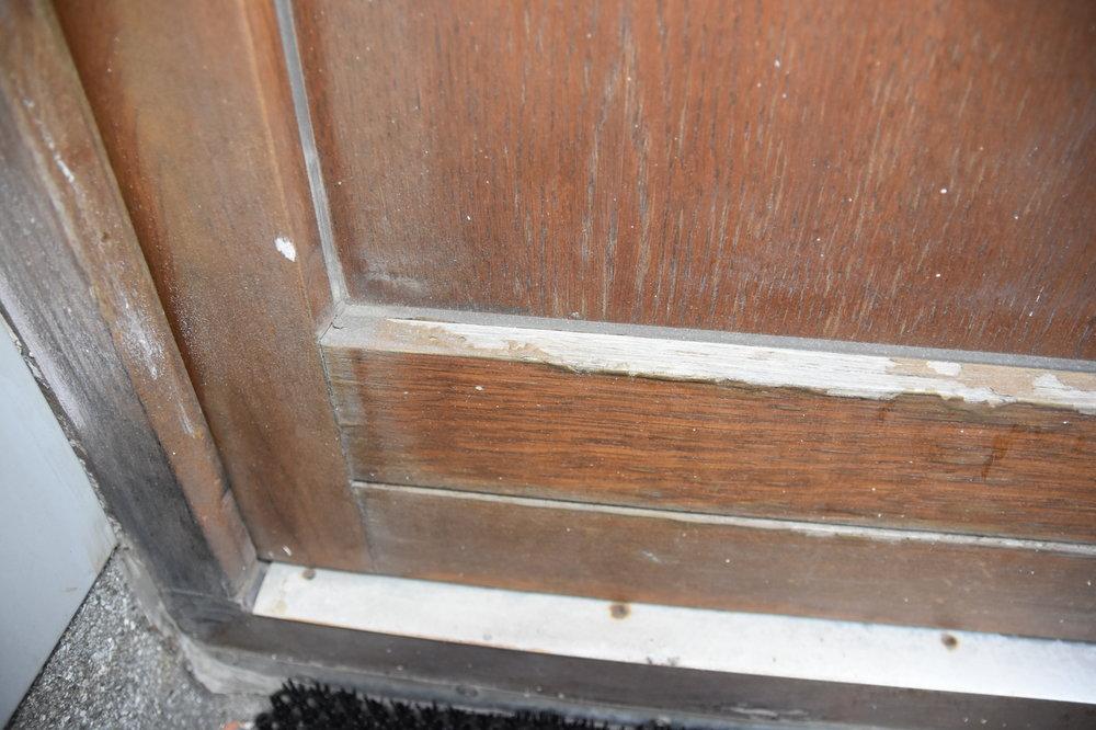 Деревянная_дверь_2009_года_(4).JPG